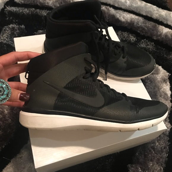 Nike Shoes   Nike High Ankle Shoes